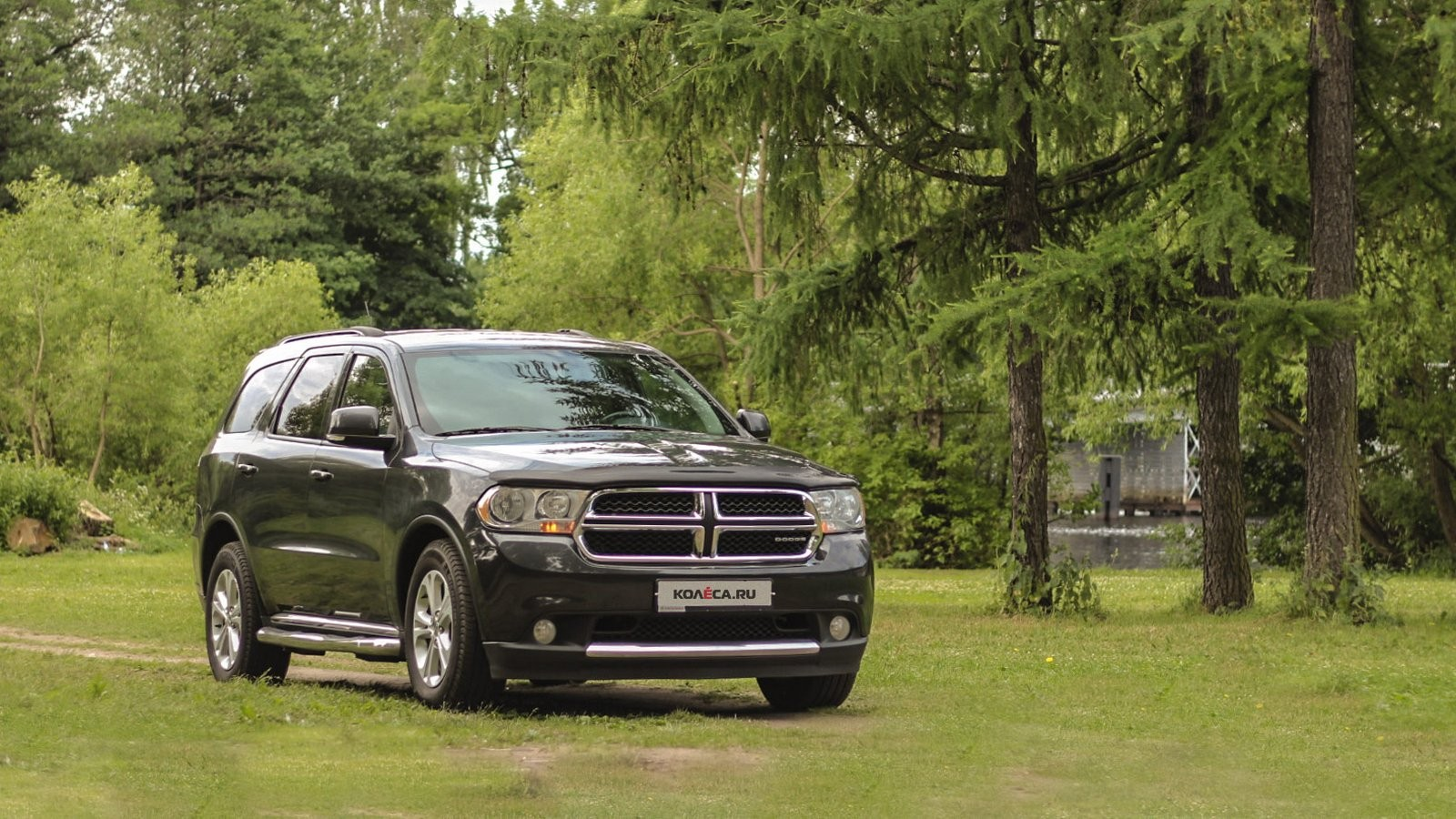 Dodge Durango III чёрный три четвети