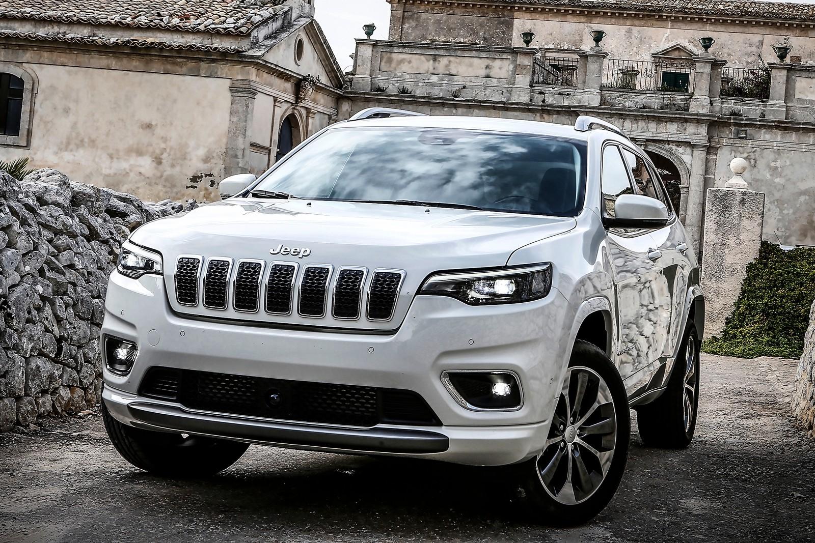 В России отзывают Jeep Cherokee очередной сбой коробки передач