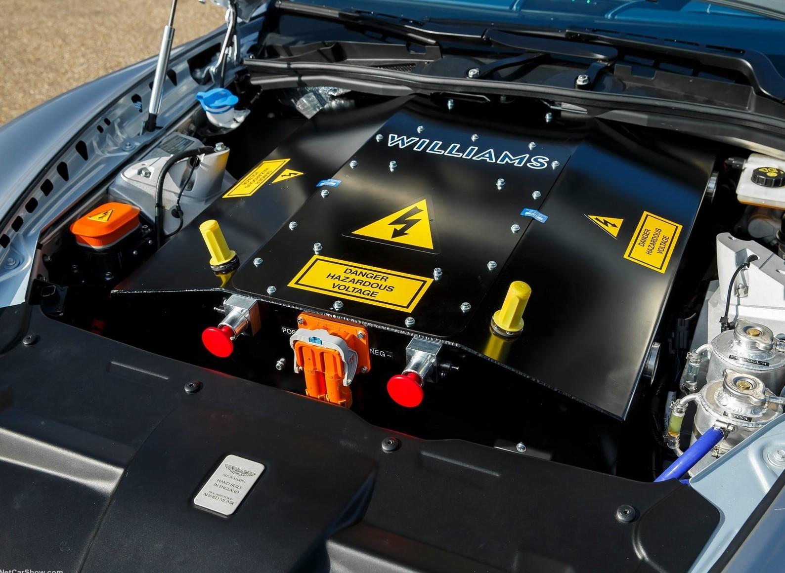 На фото: двигатель Williams на концепте Aston Martin RapidE