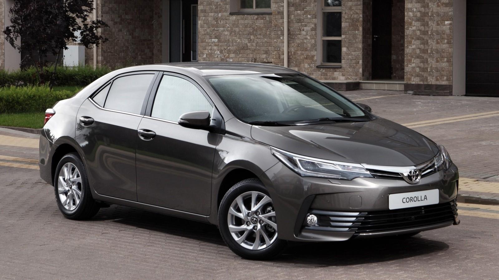 На фото: обновленная Toyota Corolla