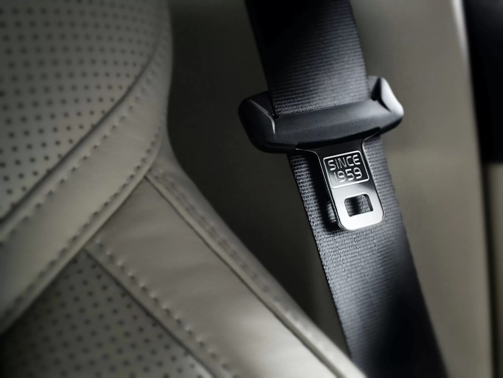 Глобальный отзыв Volvo из-за бракованных ремней безопасности докатился до России