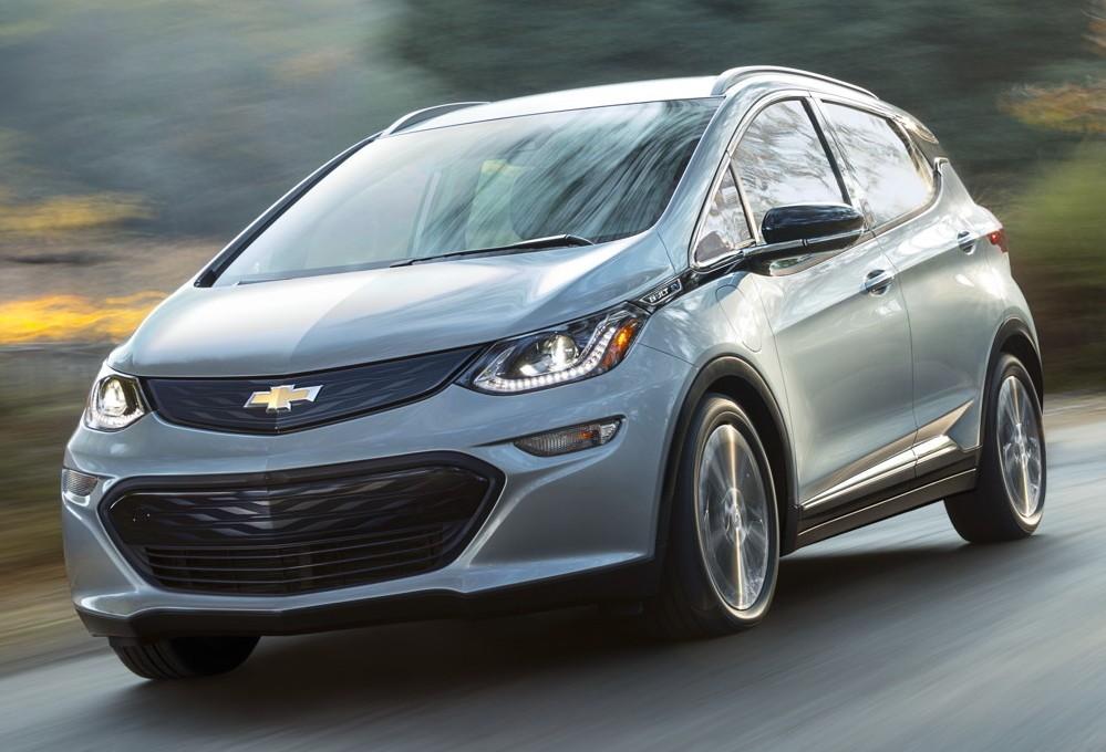 На фото: Chevrolet Bolt