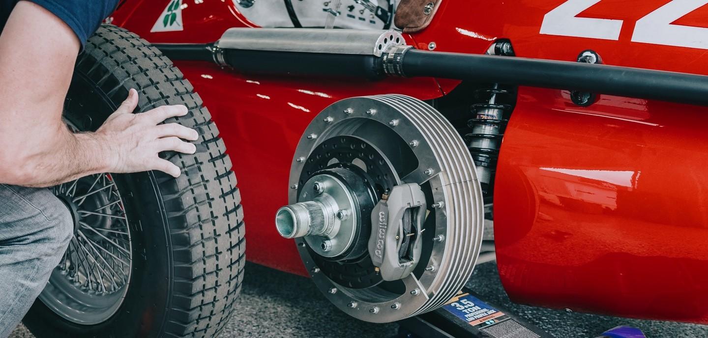 Махинатор разбушевался: Mazda MX-5 превратили в формульный болид Alfa Romeo 158/159