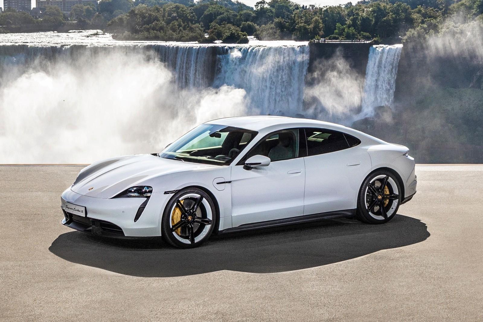 Porsche Taycan только 450 км на одной зарядке и гораздо дороже Теслы
