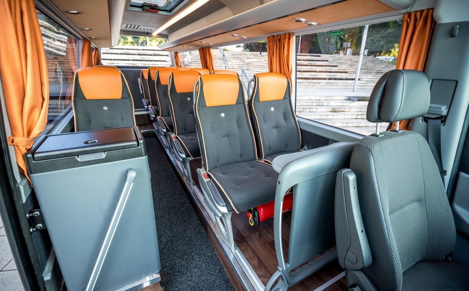 На фото: салон Mercedes-Benz Sprinter Travel 65