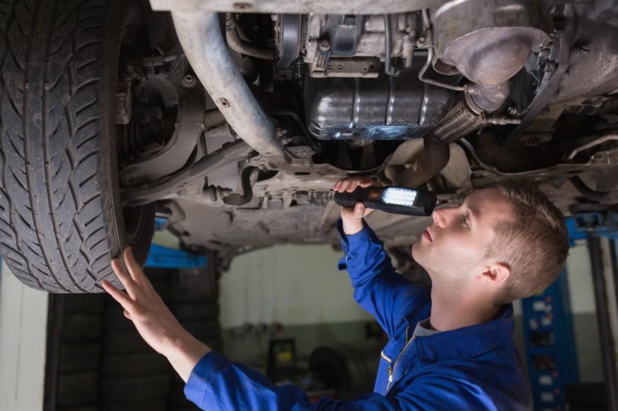 «Поправки» в ремонт: в России хотят ввести запрет на установку некоторых б/у запчастей