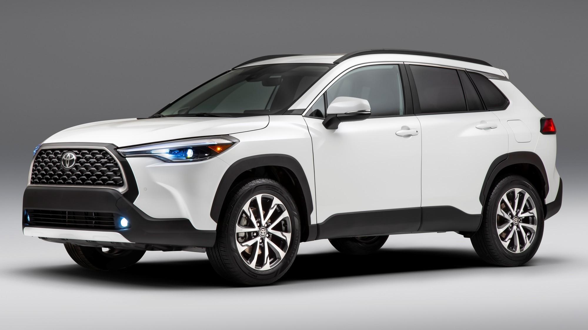 Mazda представит пять новых кроссоверов в ближайшие два года, из них два «широких»