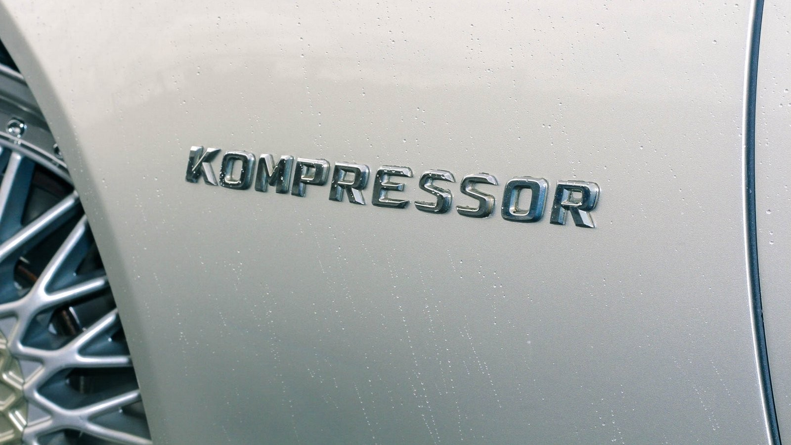 Mercedes-Benz SLK шильдик