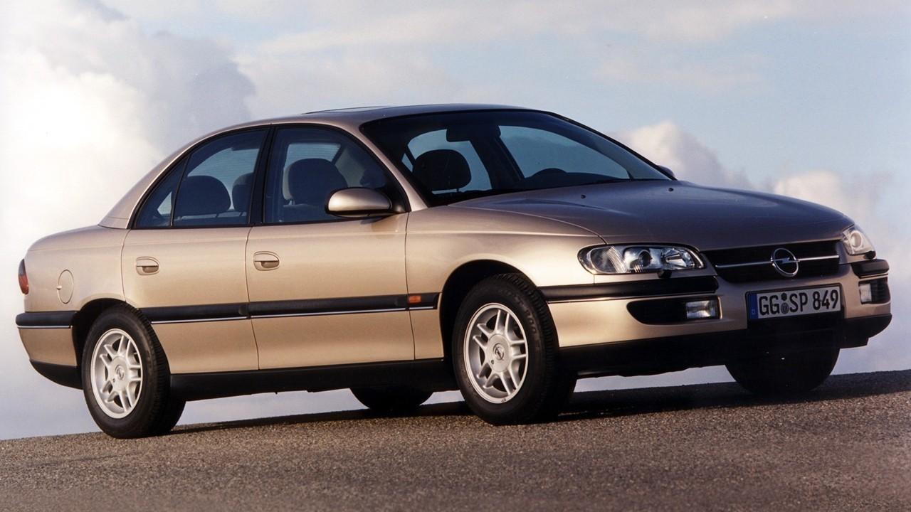 На фото: Opel Omega (B) '1994–99