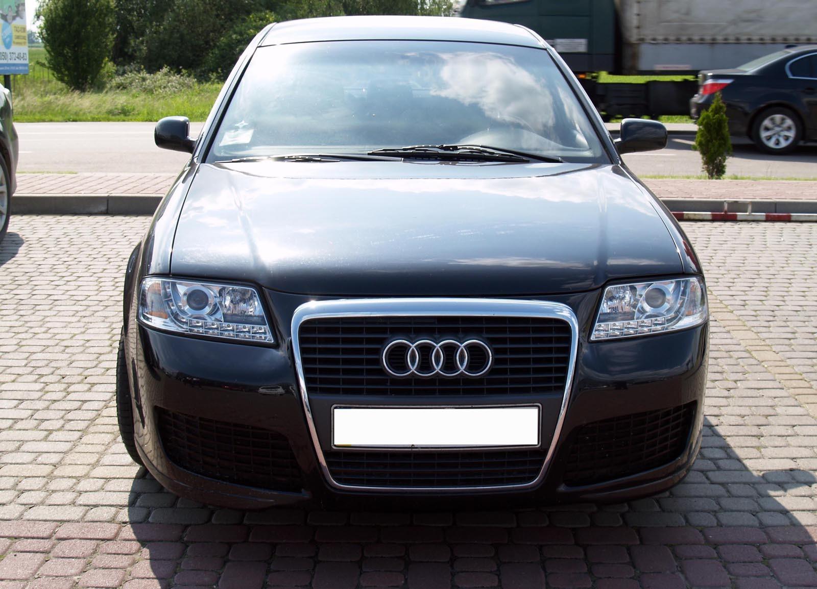 Иногда восточноевропейские кудесники в процессе ремонте могут стилизовать машину под более современную модель! Так, например, как эту Audi A6