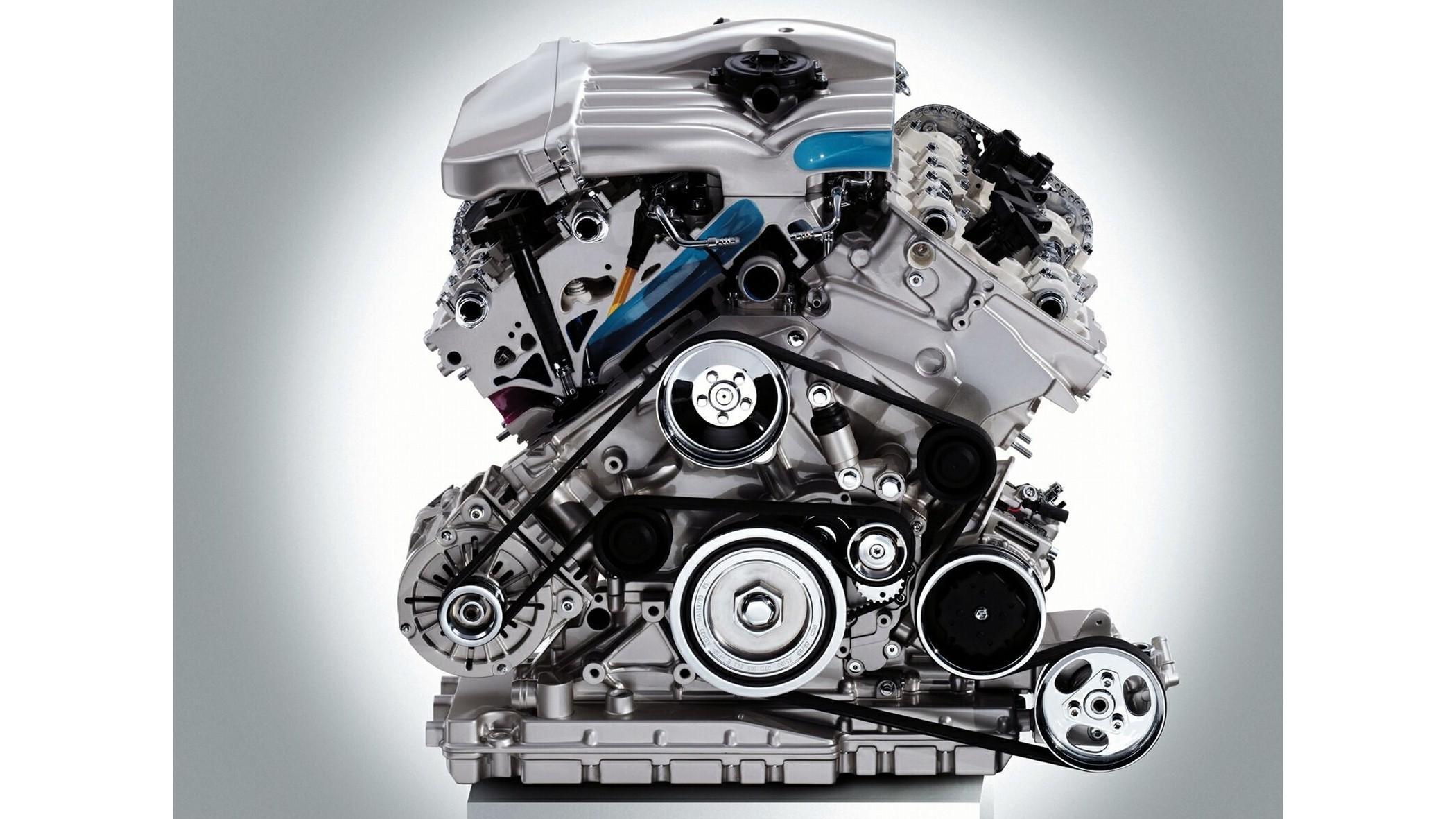 На фото: двигатель Volkswagen Passat W8 Sedan (B5+) '2002–04