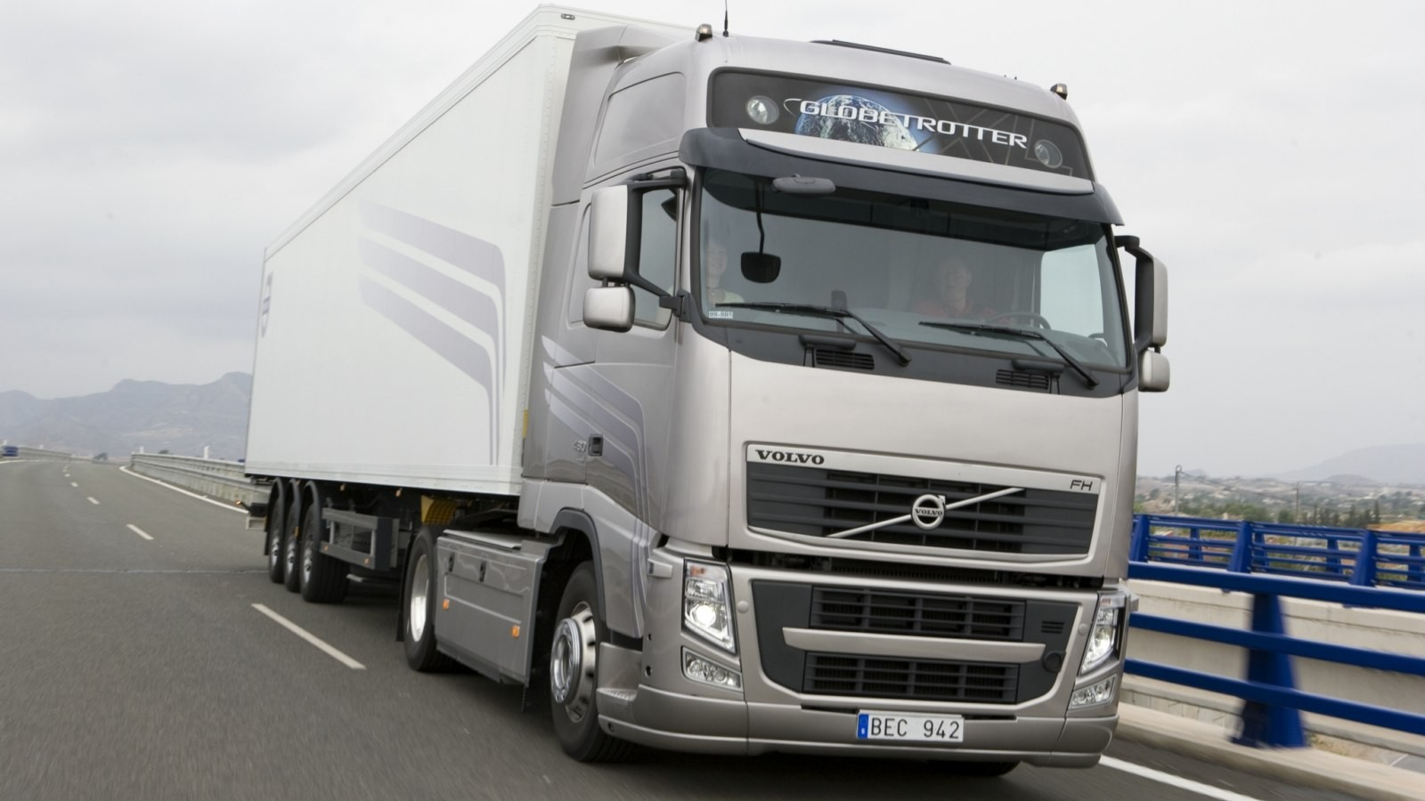 autowp.ru_volvo_fh_480_4x2_2