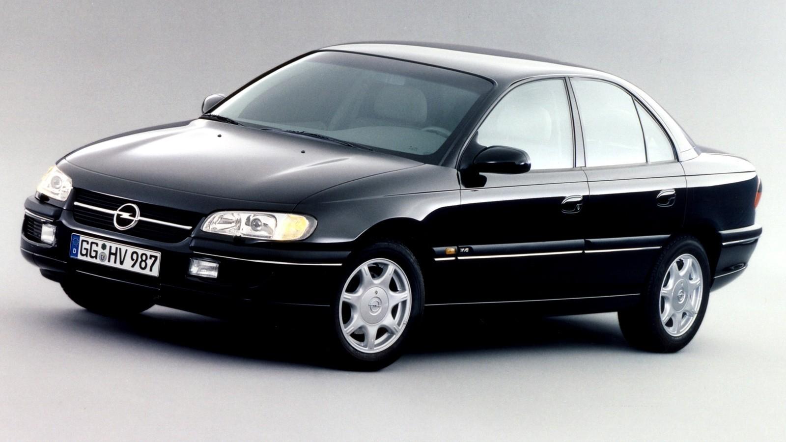 На фото: Opel Omega MV6 (B) '1994–97