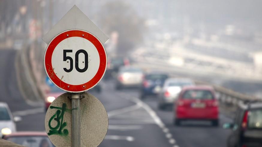 «Нештрафуемые» 20 км/ч хотят уменьшить вдвое: власти снова вернулись к обсуждению вопроса