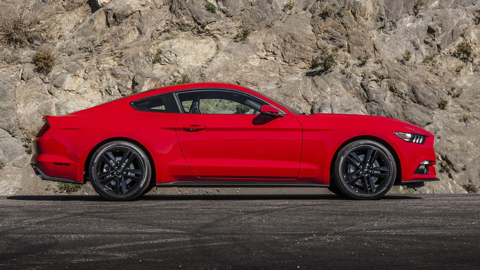 ford_mustang_ecoboost_coupe_6