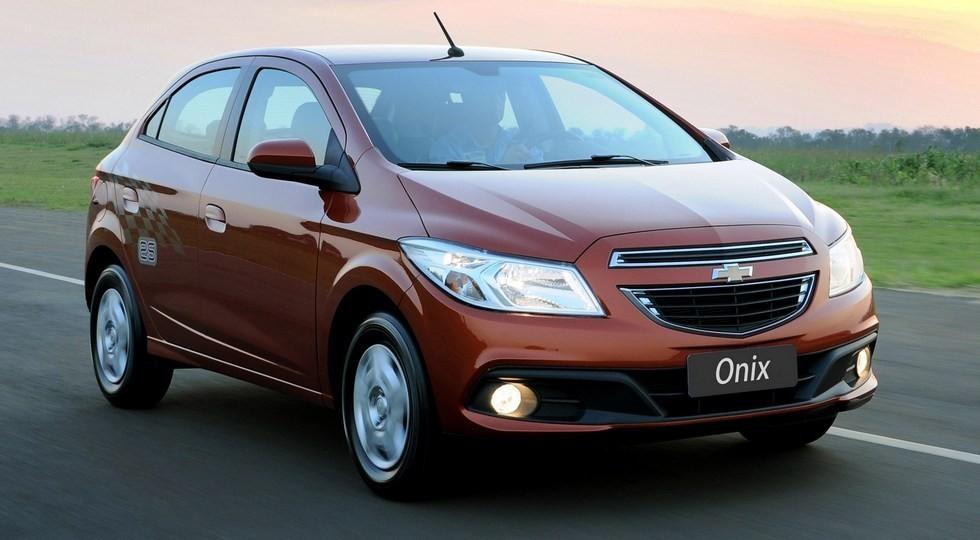 На фото: Chevrolet Onix