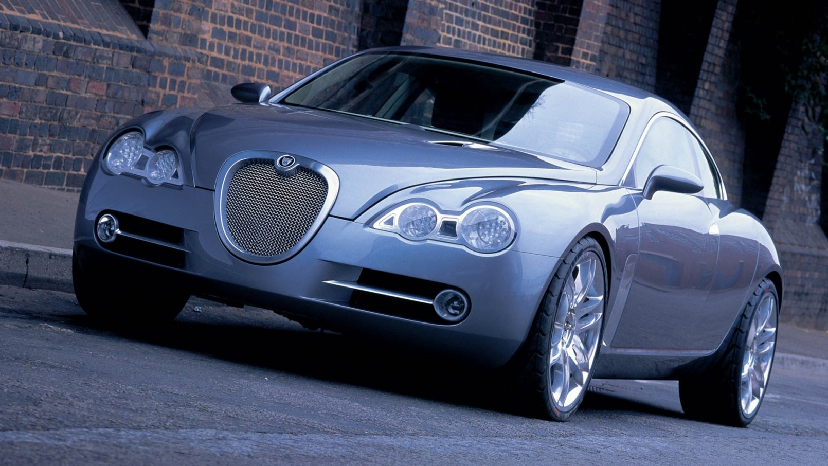 Jaguar готов вернуться к идее антикризисной компактной модели