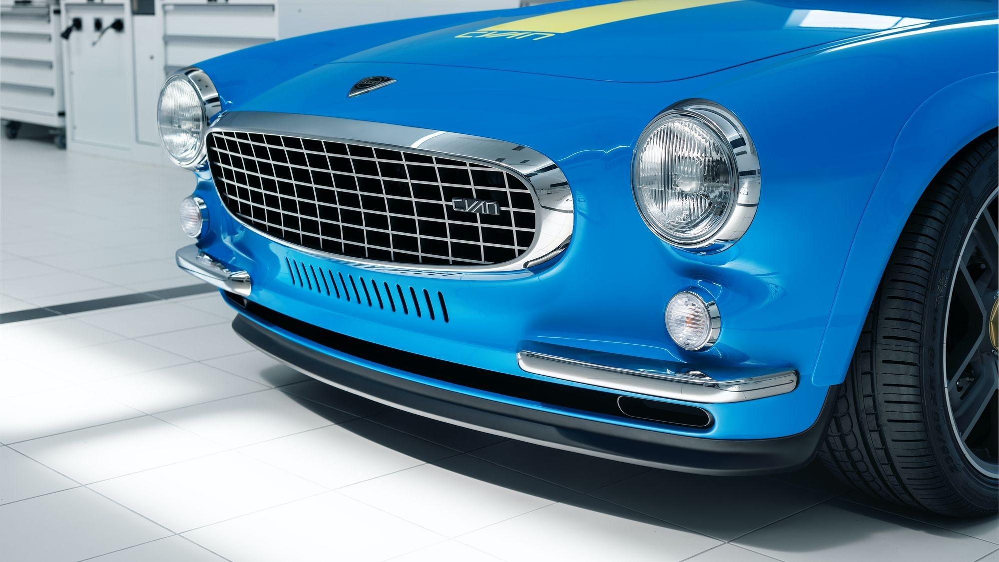 Volvo P1800 Cyan: серийный заводской рестомод за бешеные деньги