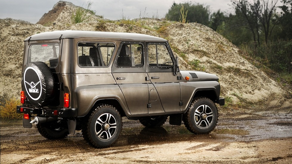 UAZ Hunter Trophy '2015–н.в. сбоку