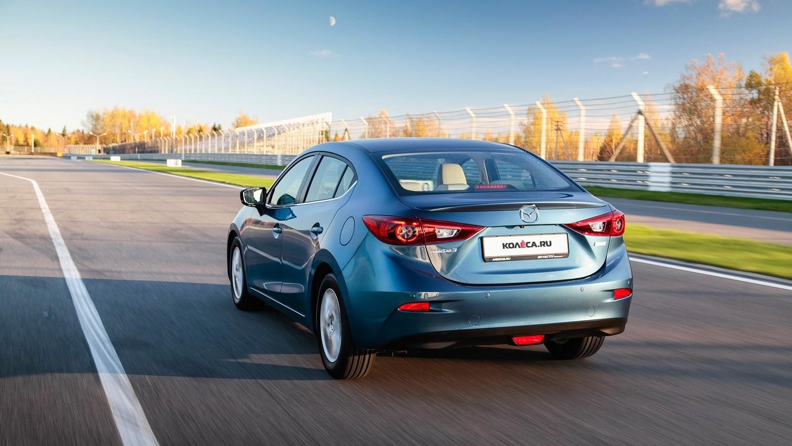 Mazda3_IPM_action_017