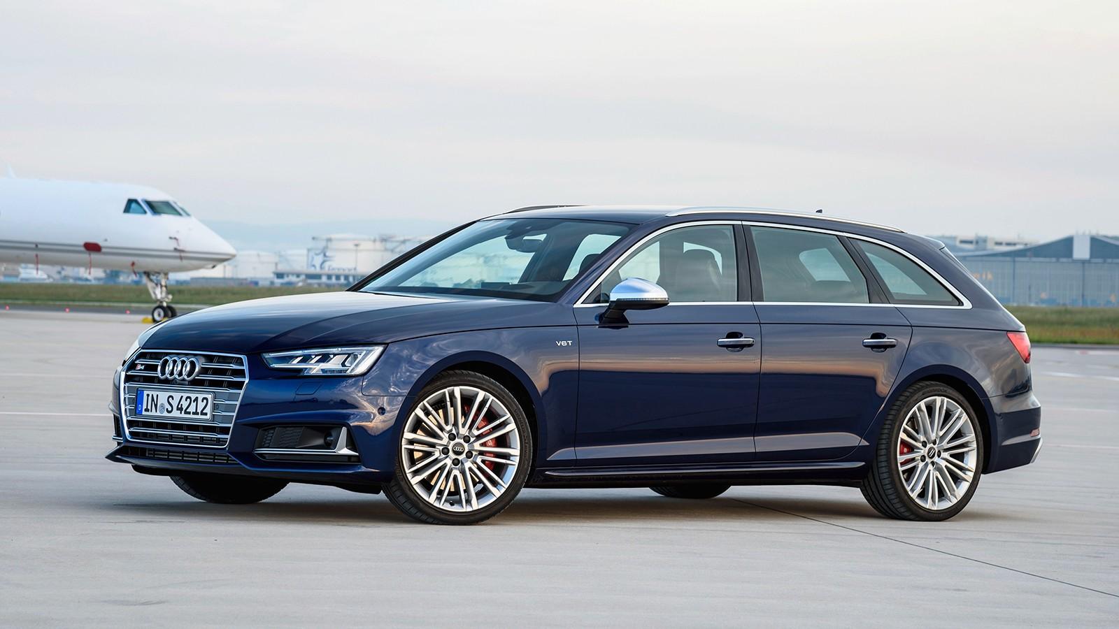 На фото: Audi S4 Avant. Универсал оснащён трёхлитровым TFSI мощностью 354 л.с.