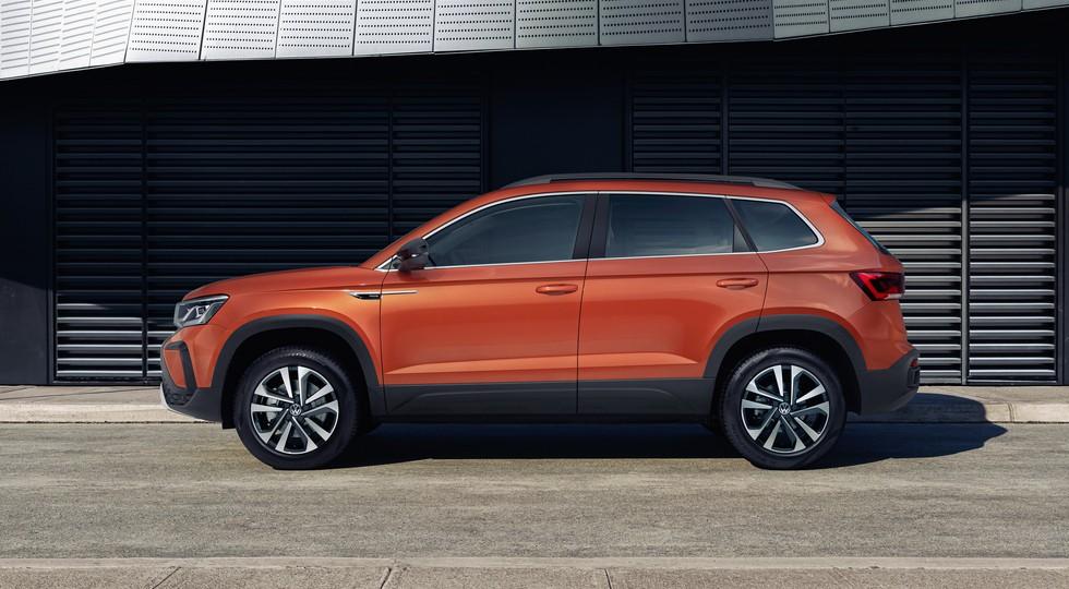 Volkswagen Taos выходит на российский рынок: богаче и дороже родственного Skoda Karoq