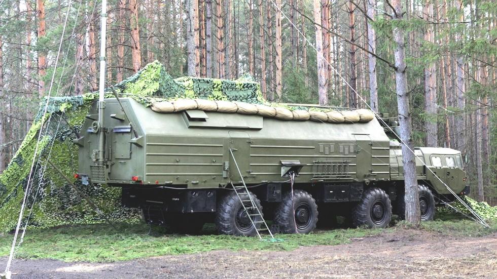 Машина 15В179 командного пункта дивизионов ракетных систем «Тополь»