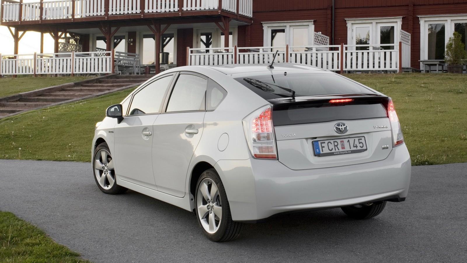 На фото: Toyota Prius '2009–11