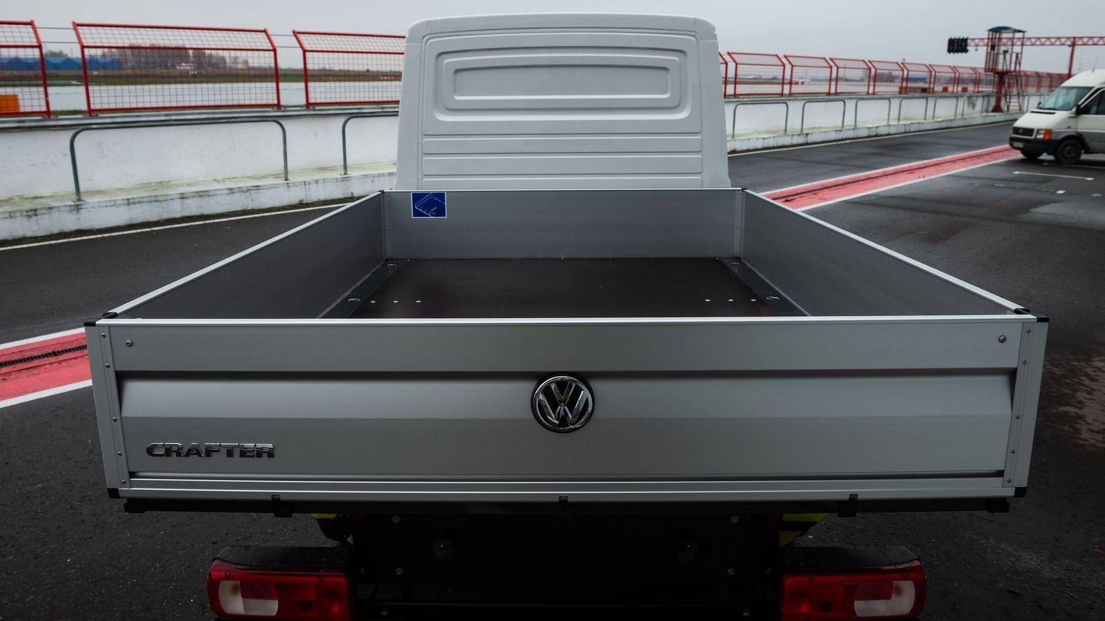 От работяги до эстета: эволюционный тест-драйв четырёх поколений Volkswagen Crafter