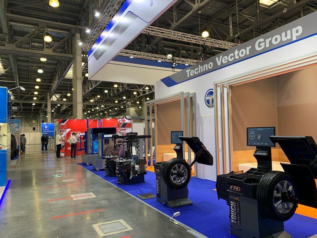 Шестнадцатая международная выставка автомобильной индустрии «Интеравто»