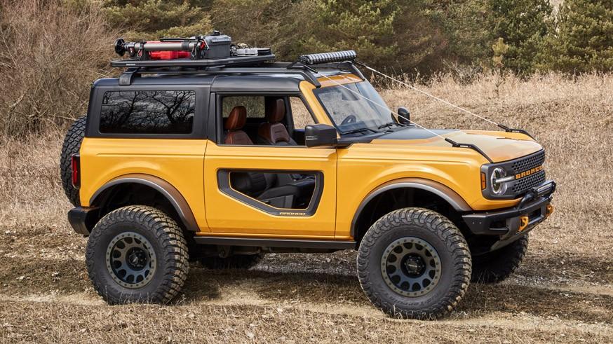Все к розетке: глава Ford намекнул на «батарейный» внедорожник Bronco
