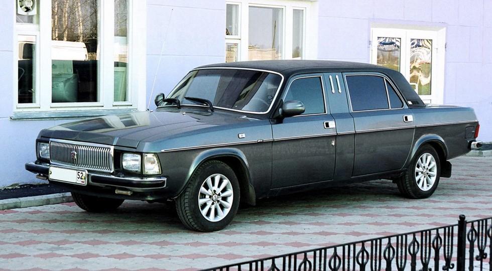 На фото: ГАЗ-3102 Волга
