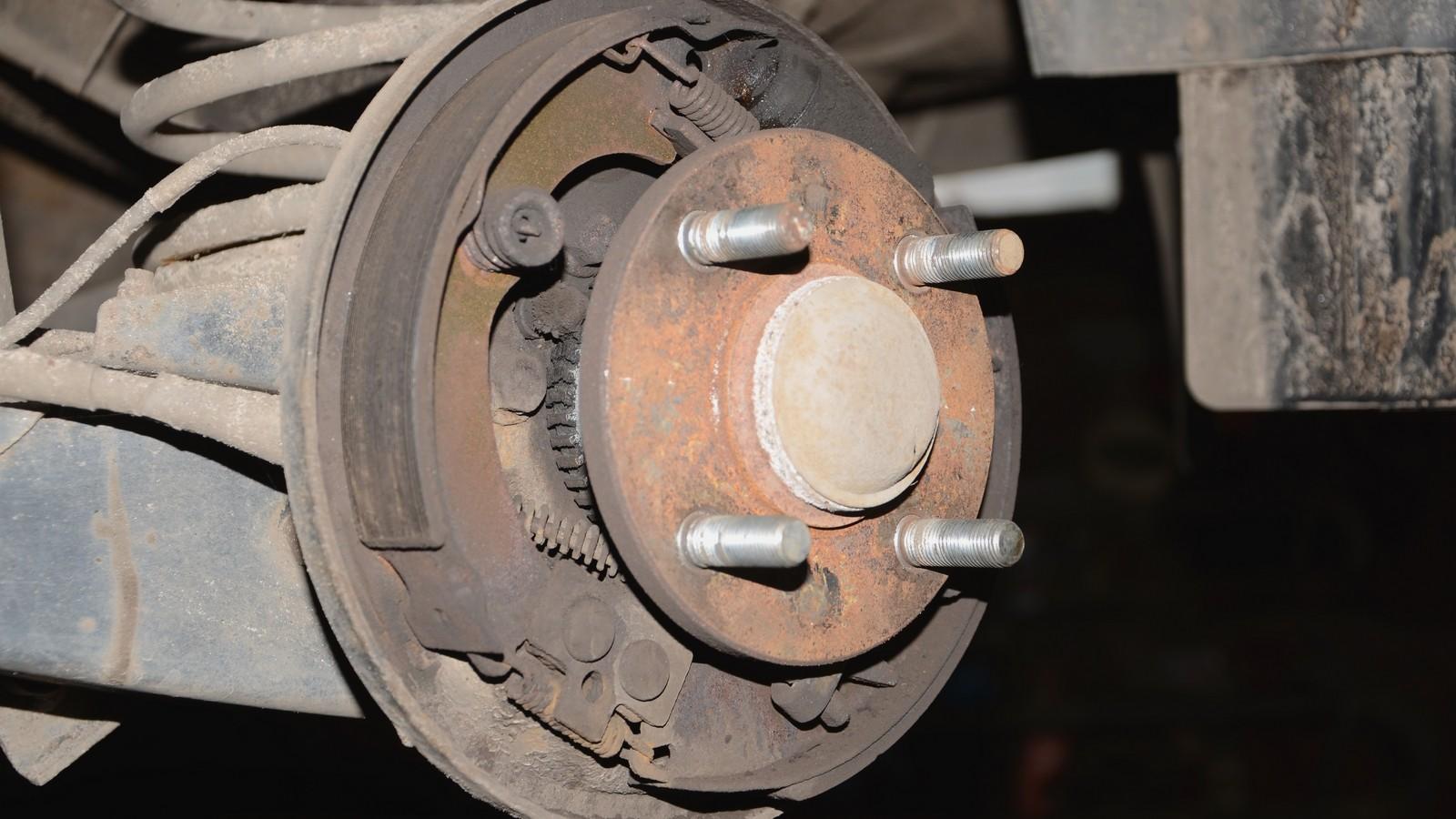 dsc 7551 - Тормозная система барабанного типа