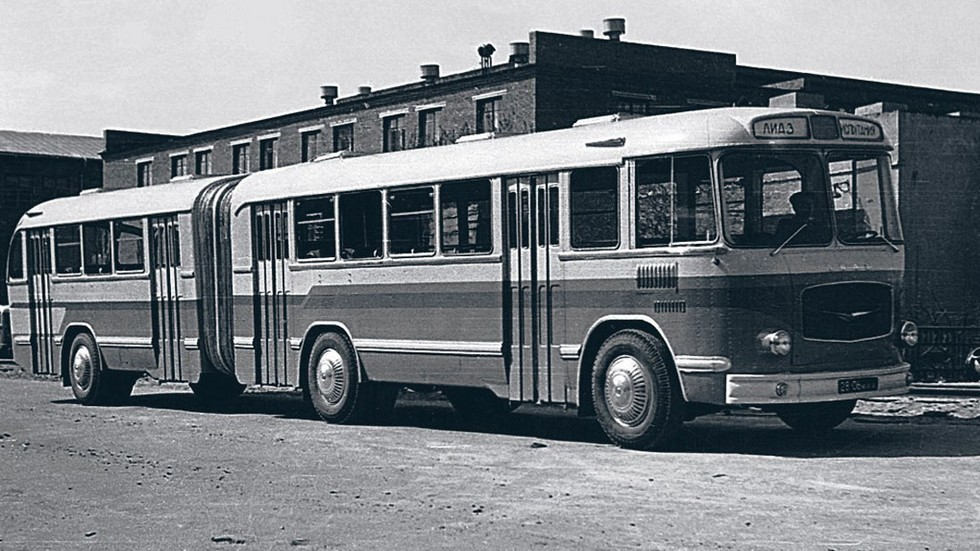 На фото: ЛиАЗ-5Э-676, фото: fotobus.msk.ru