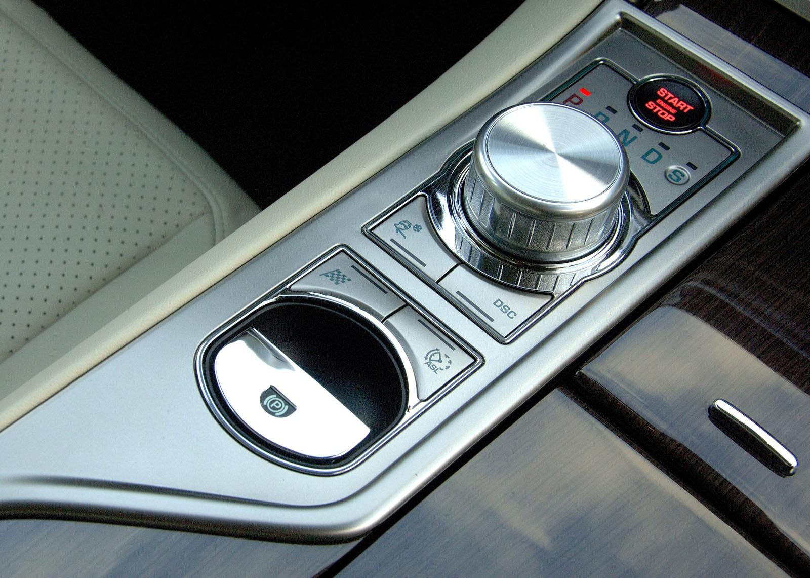 5 причин покупать и не покупать Jaguar XF I поколения (X250)