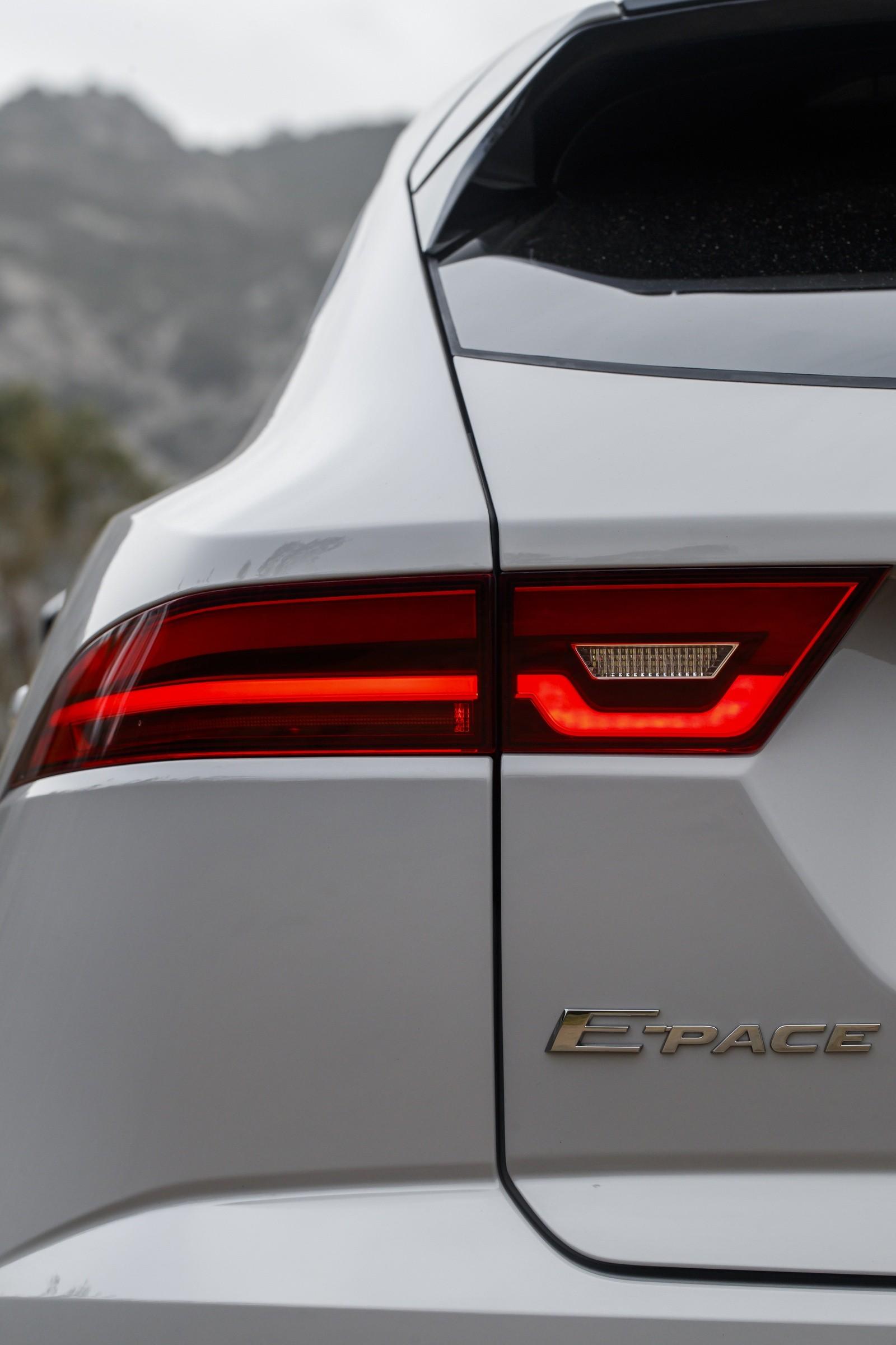 Jaguar E-PACE Corsica