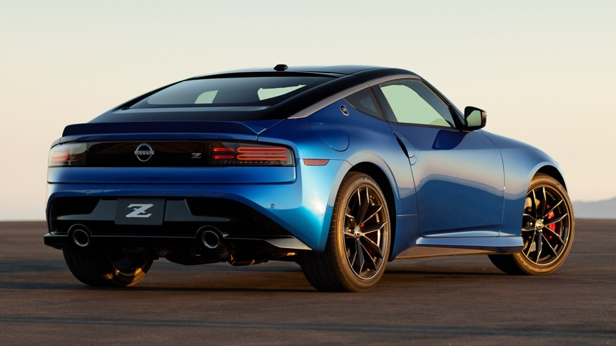 Новый Nissan Z: серийный спорткар получил 405-сильный 3,0-литровый мотор V6