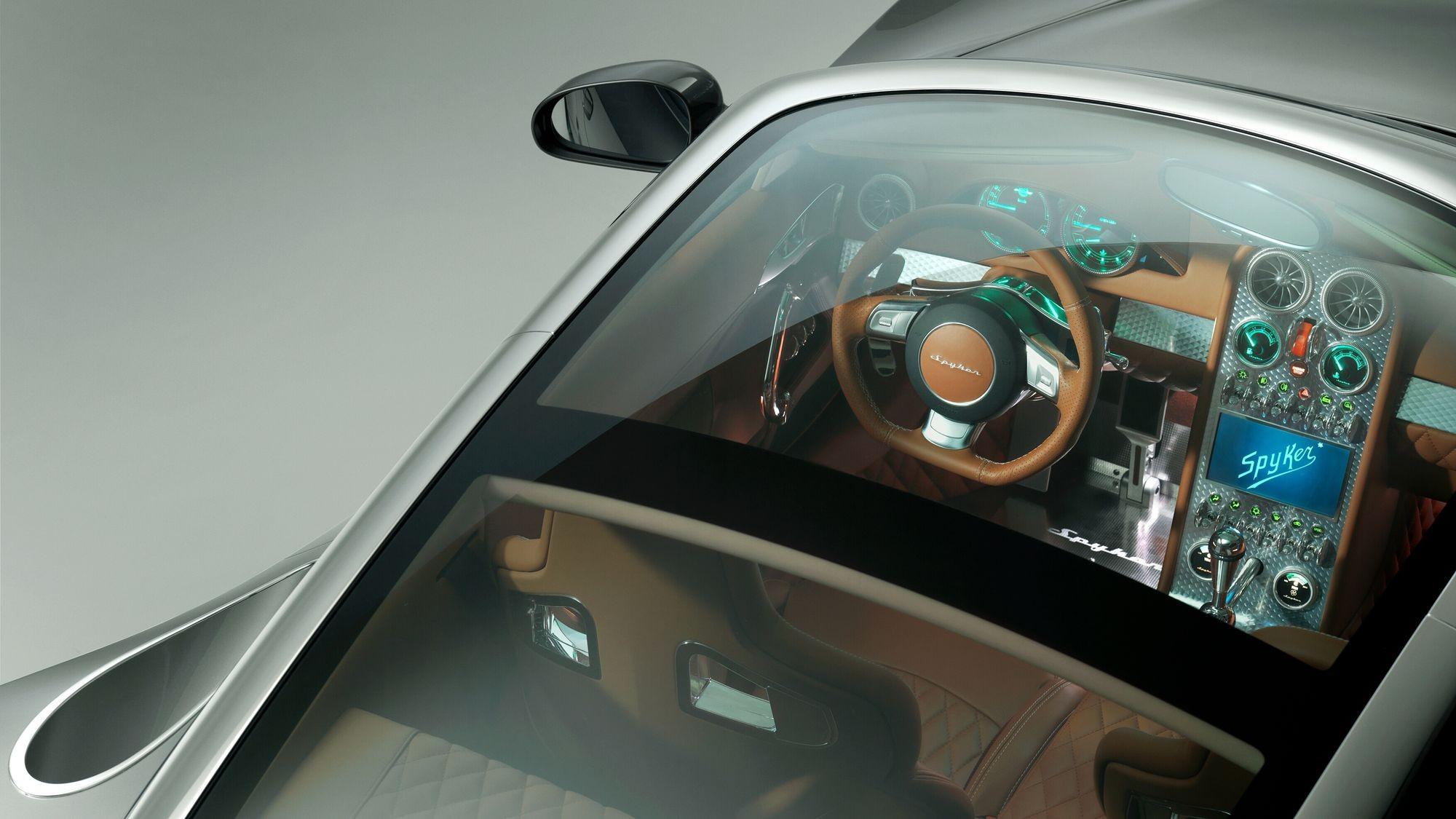 Российские олигархи дали денег на возрождение марки Spyker