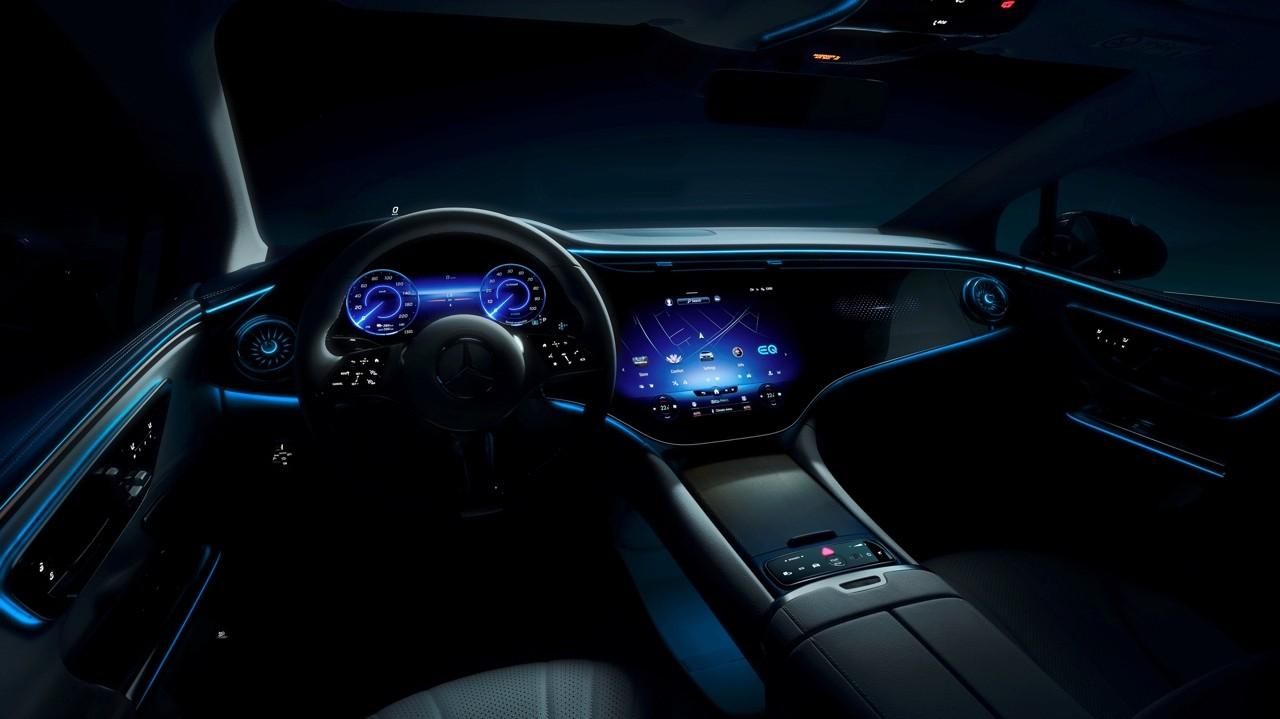 Замена Е-класса: электрический Mercedes-Benz EQE готовится к премьере