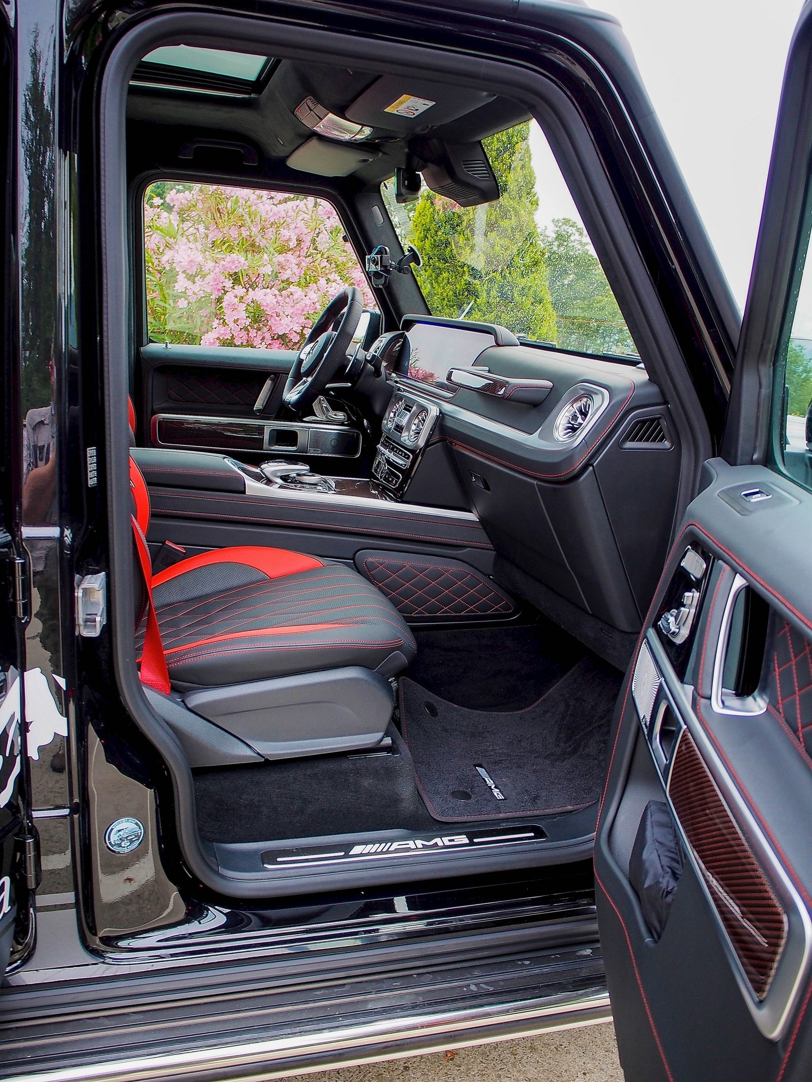 Mercedes-Benz G-Klasse передние сидения