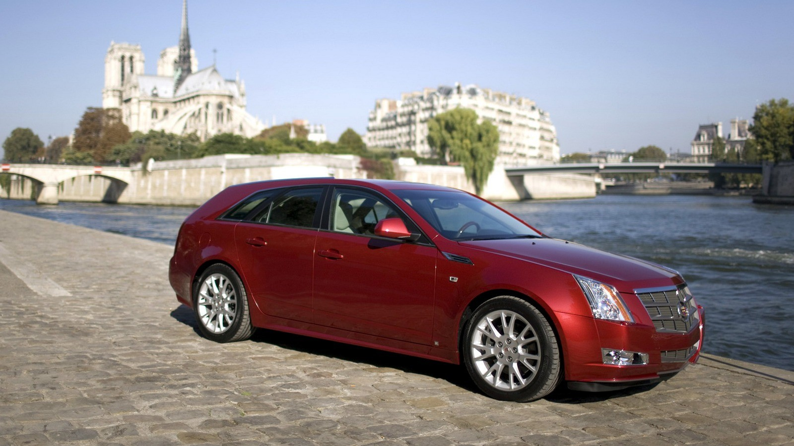 Cadillac CTS Sport Wagon Worldwide '2010–11