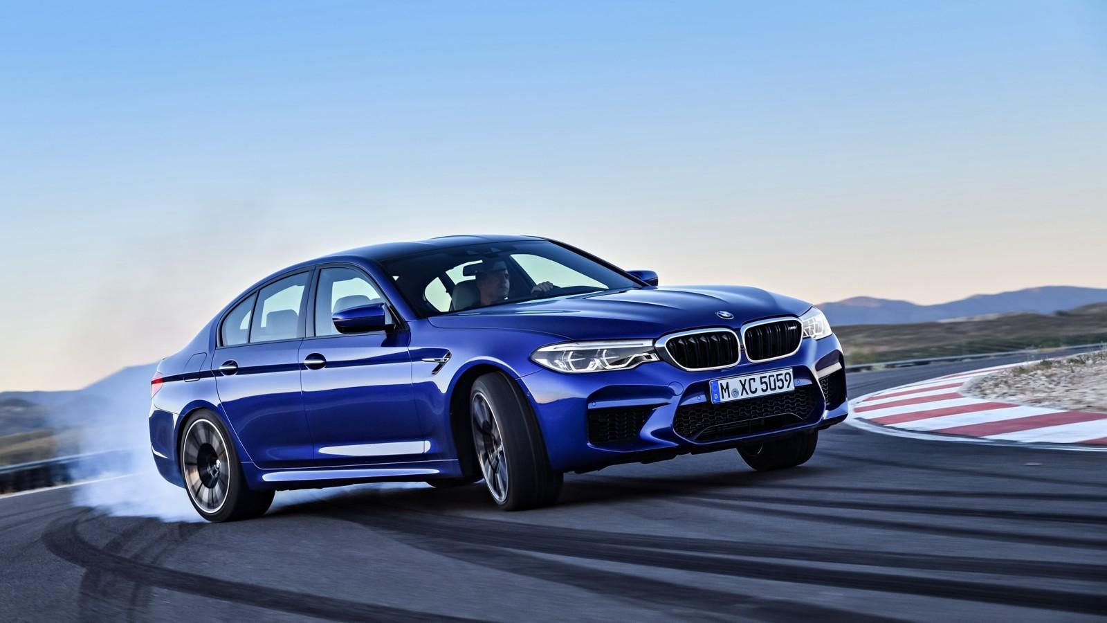 BMW M5 2018 модельного года