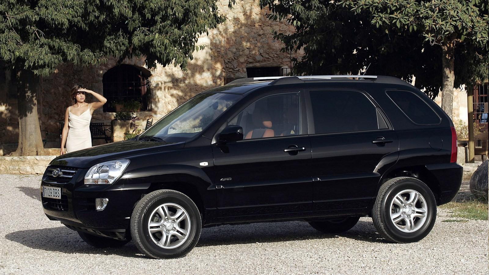 На фото: Kia Sportage '2004–07