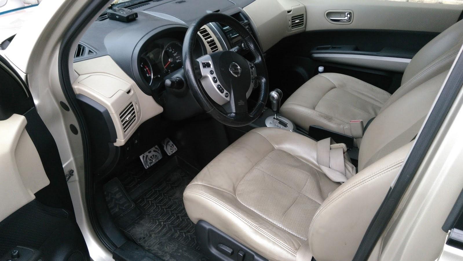 Nissan X-Trail II салон