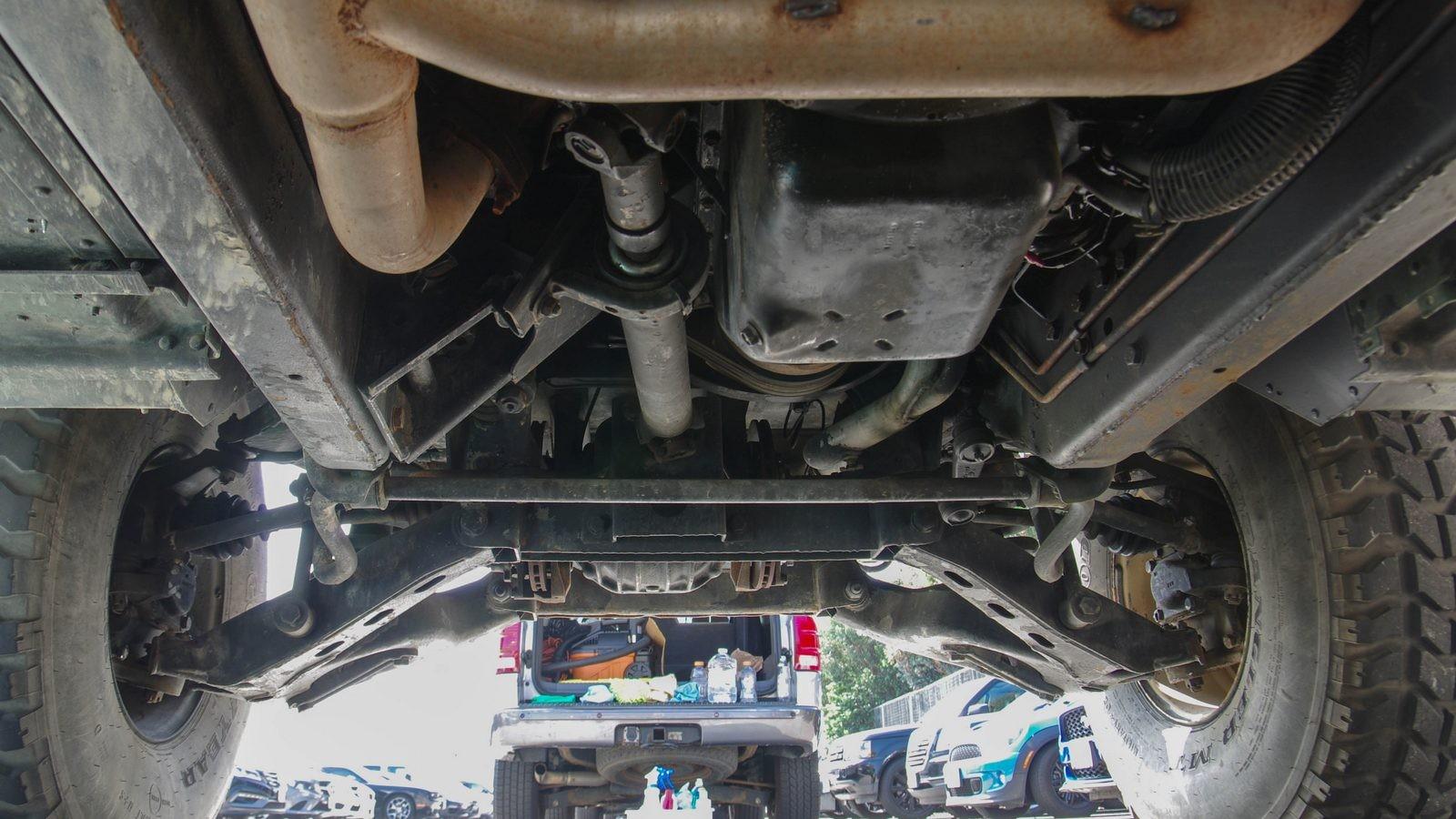 Hummer AM General HMMWV M998 подвеска (7)