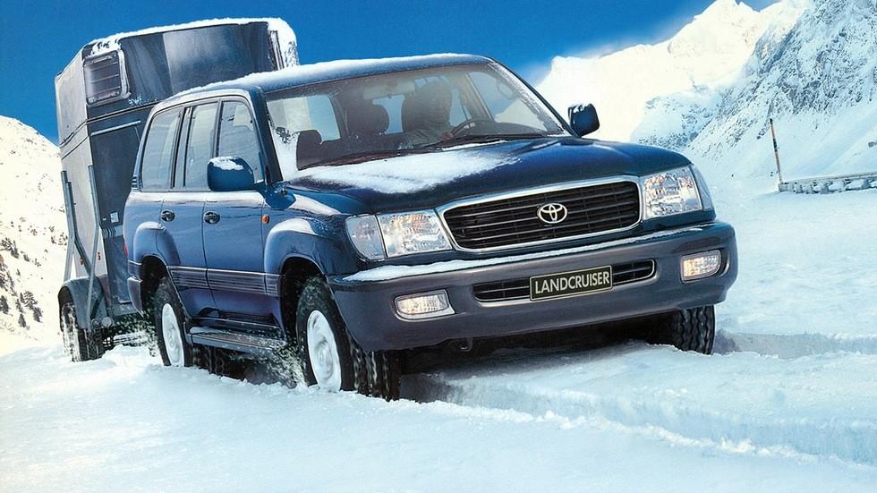 На фото: Toyota Land Cruiser 100 '1998–2002