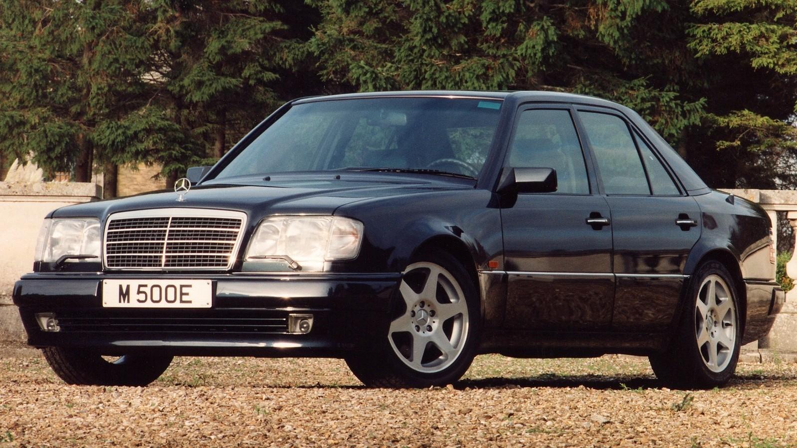 На фото: Mercedes-Benz E 500 Limited (W124) '1994–95
