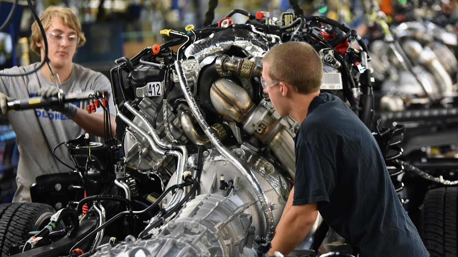 Сборка пикапа Ford Super Duty на заводе в Кентукки