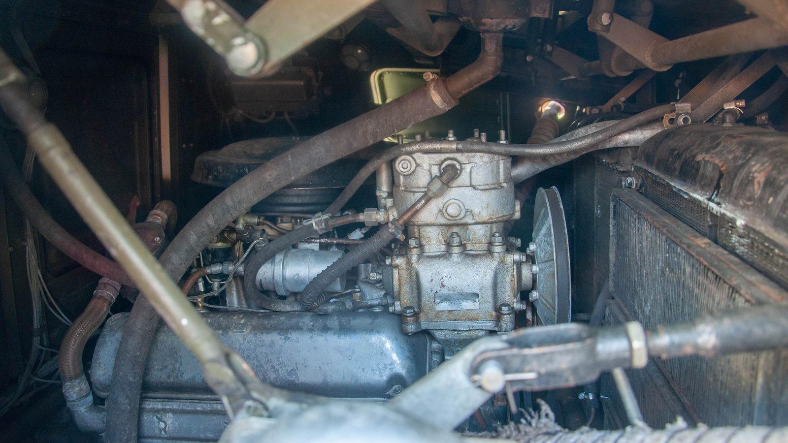 БРДМ-2 РХ двигатель