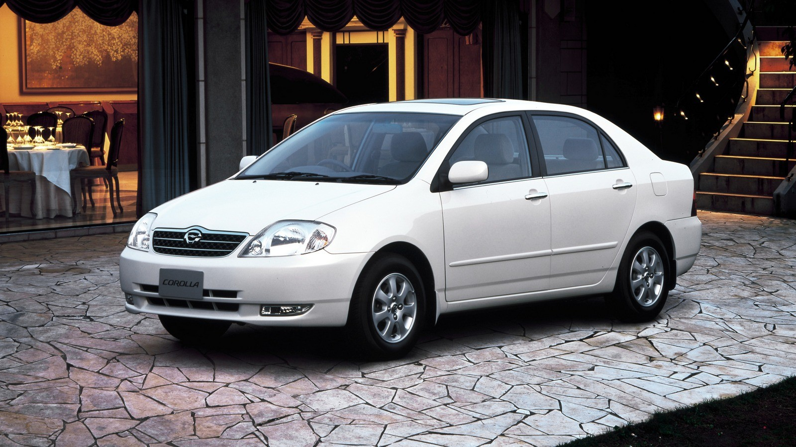 Toyota Corolla Sedan JP-spec '08.2000–08.2002